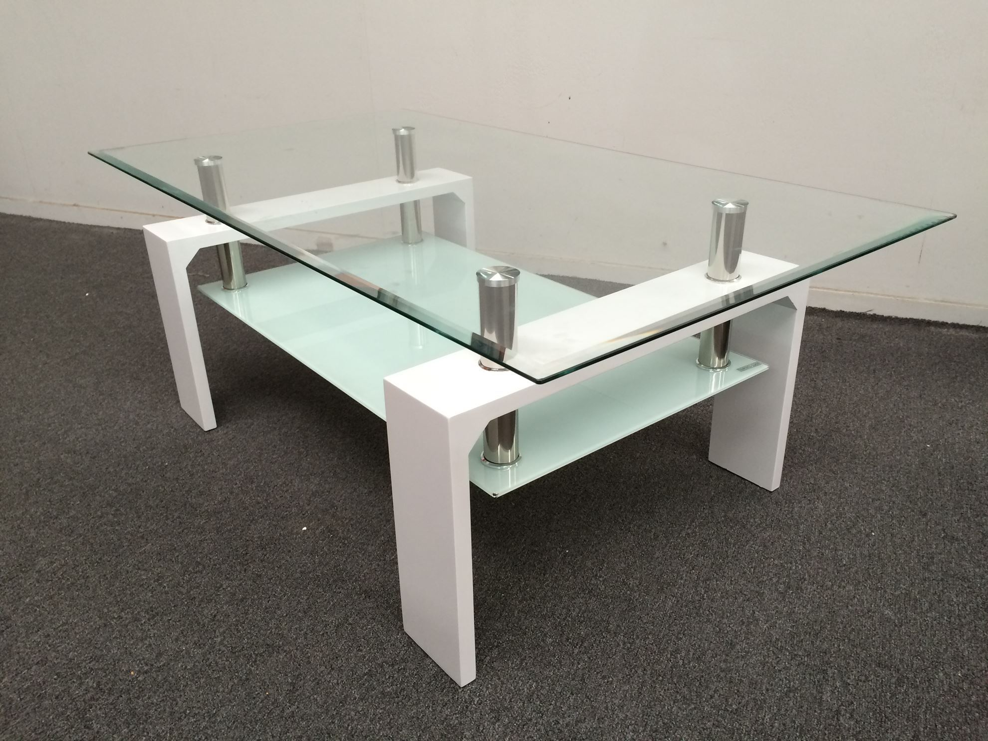 Furniture place lily glass coffee table with white for White and glass coffee table