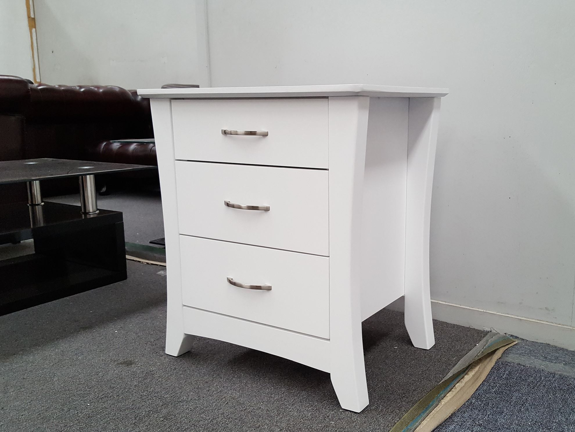 picture of kia 3x drawers bedside table white