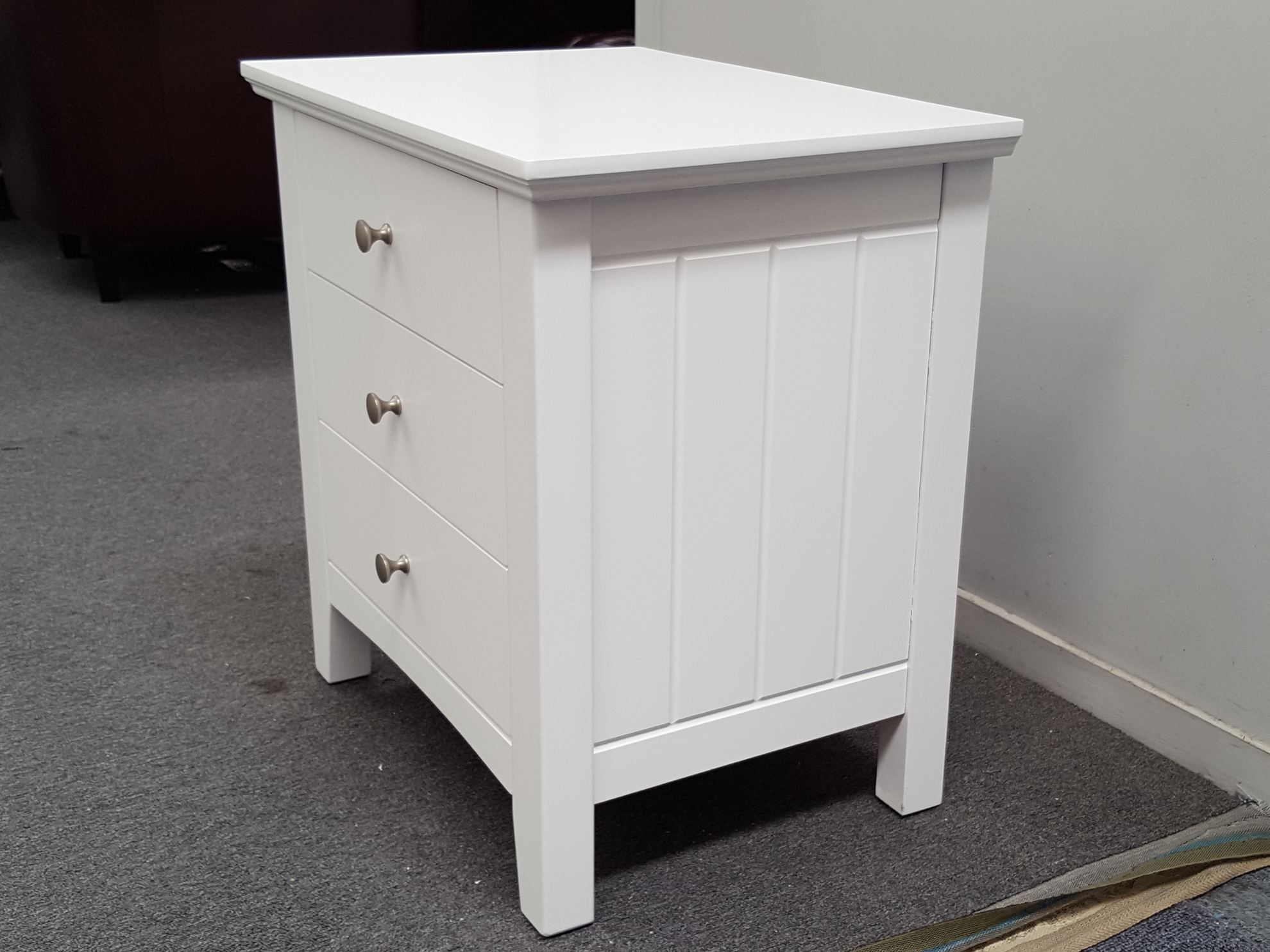 Furniture Place 2x White IVY BEDSIDE TABLE : 00002812x ivy 3x drawers bedside tables white from www.furnitureplace.co.nz size 1980 x 1485 jpeg 263kB